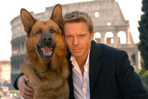 Beruehmte-Hunde-Kommissar-R